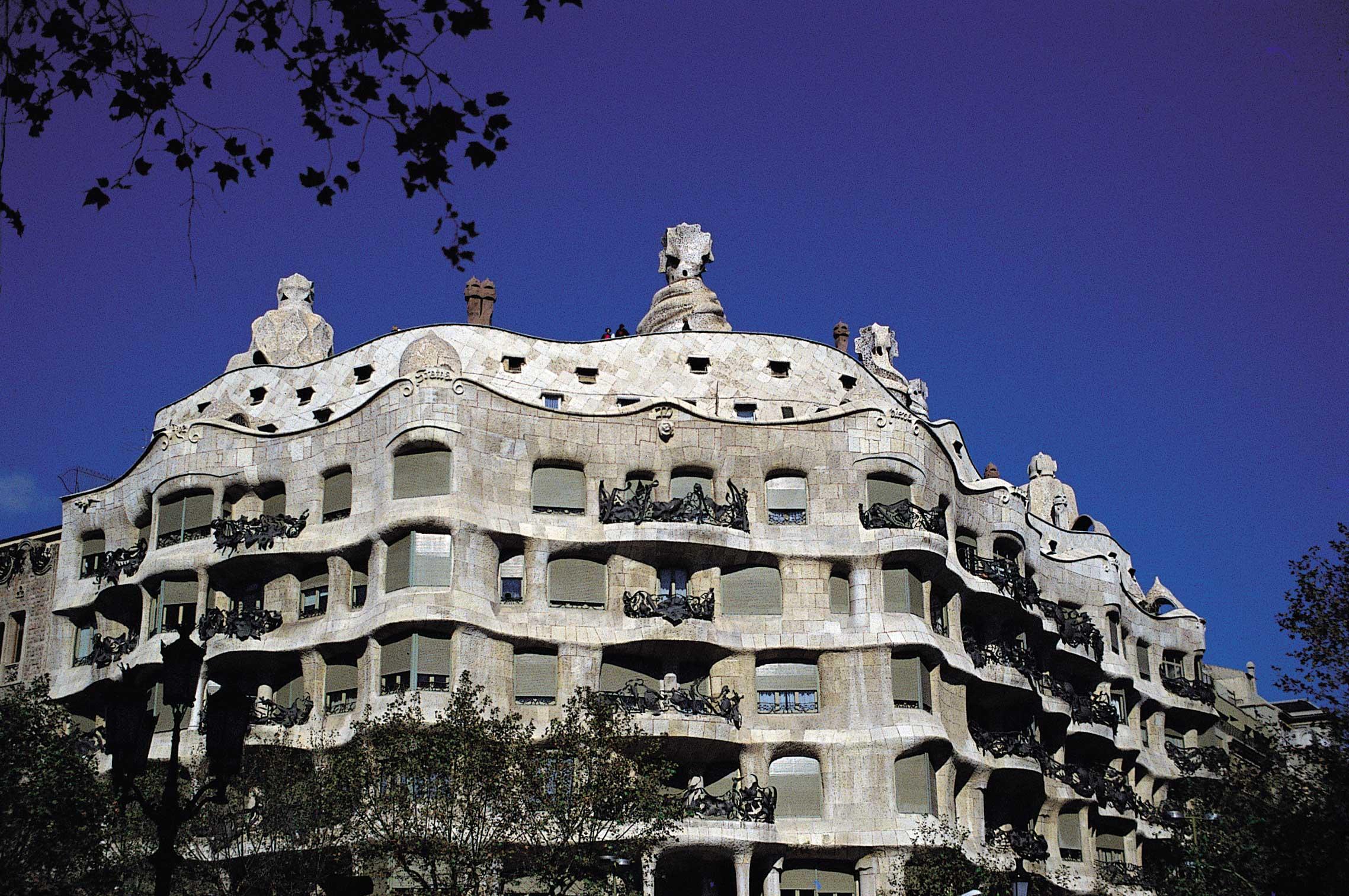R03 la barcelona modernista el quadrat d or - Casa modernista barcelona ...